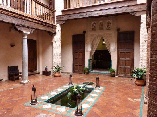 HOTEL CASA MORISCA: Casa Morisca-3