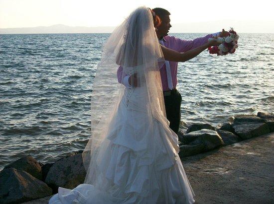 Ristorante La Pineta : Beautiful location right by Lake Bolsena