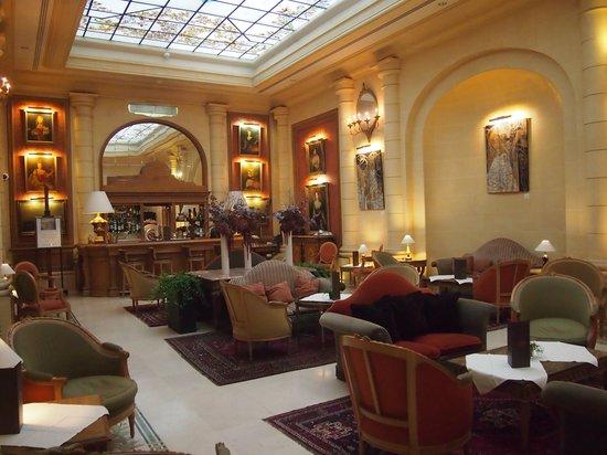 Hotel Lotti Paris: Hotel Lobby