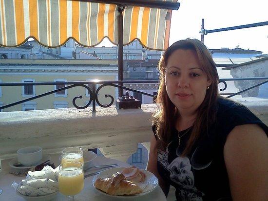 Genio Hotel: café da manhã no terraço