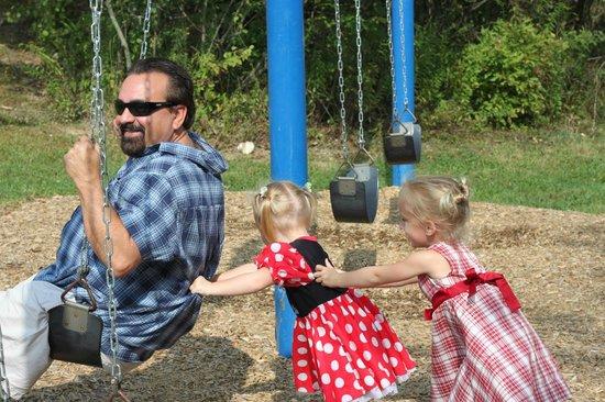 Pine Cradle Lake Family Campground: Playground