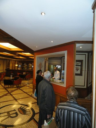 SANA Rex Hotel: hall de entrada