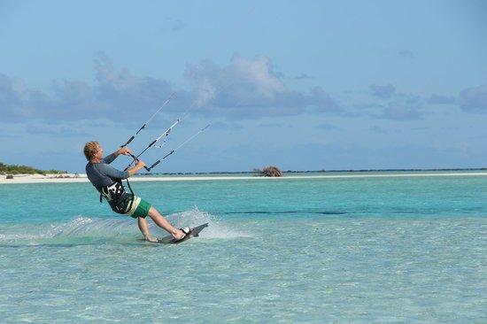 Kiteboard Aitutaki : Kiting on the lagoon - Honeymoon Island