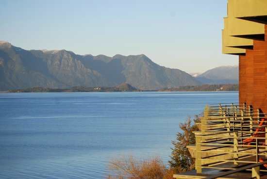 Villarrica Park Lake Hotel : a view of the lake from one of the rooms