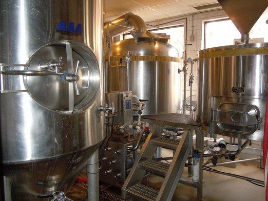 Glenwood Canyon Brewing Company: Vats insides the restaurant