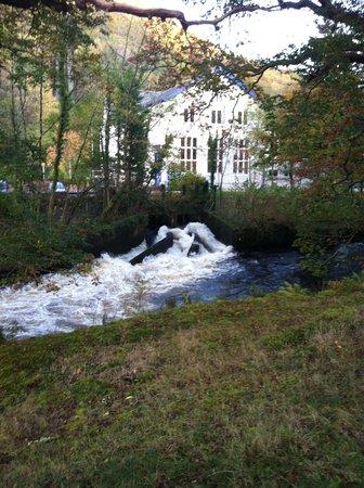 Oakeley Arms Hotel: Hydro Maentwrog