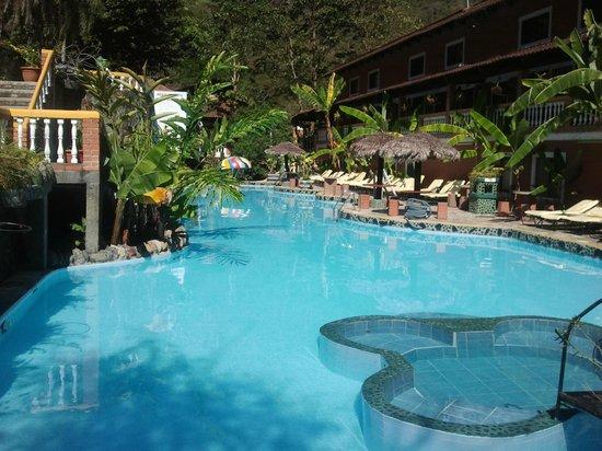 Rio Selva Resort - Yungas : Large Pool
