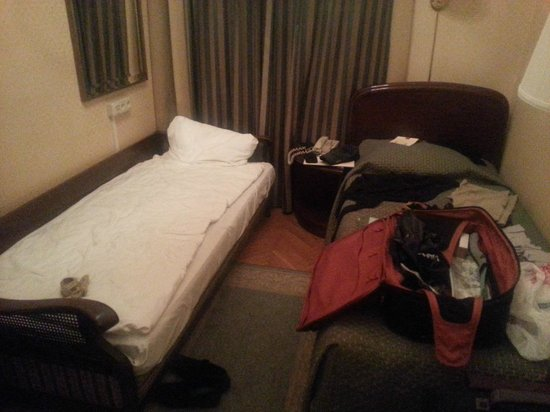 Grand Hotel : Smaller of the two 5-Star rooms