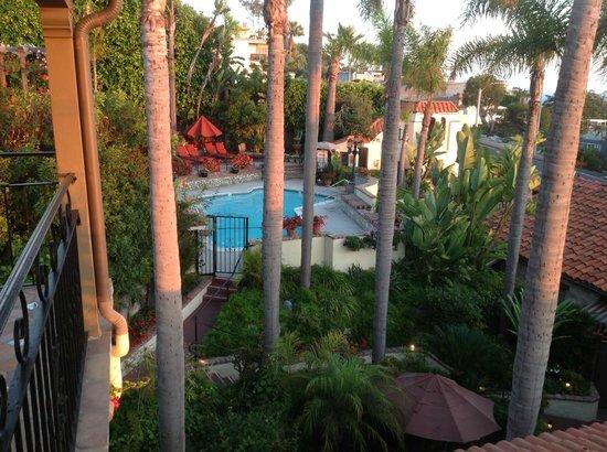 Casa Laguna Hotel & Spa : Poo view from Ocean View balcony