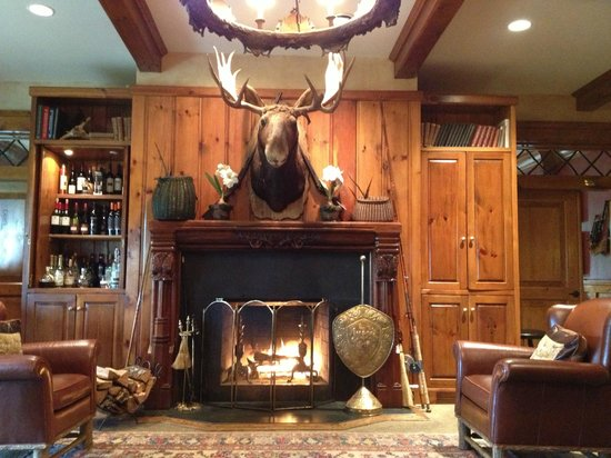 The Lodge at Buckberry Creek: Lobby of Lodge