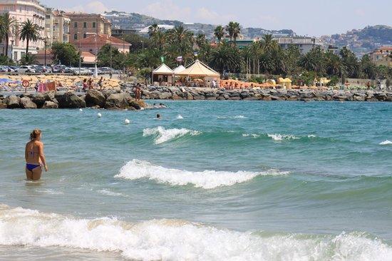 Lolli Palace Hotel : Пляж Lido Imperatrice