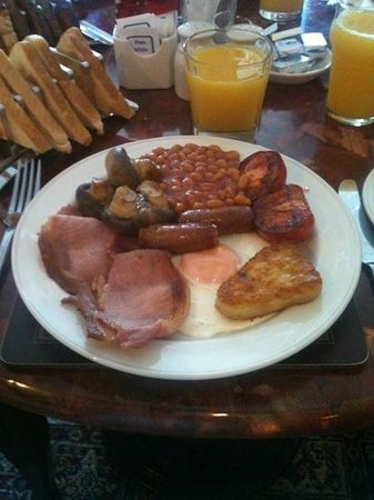 David and Wahn's Seaview Guest House: A full English