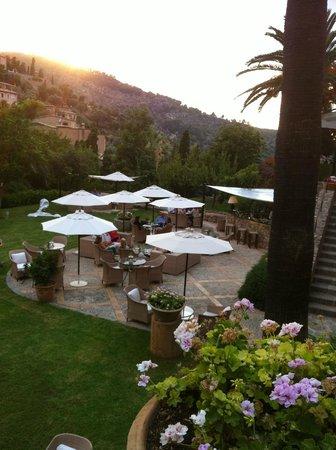 Belmond La Residencia: Terrace