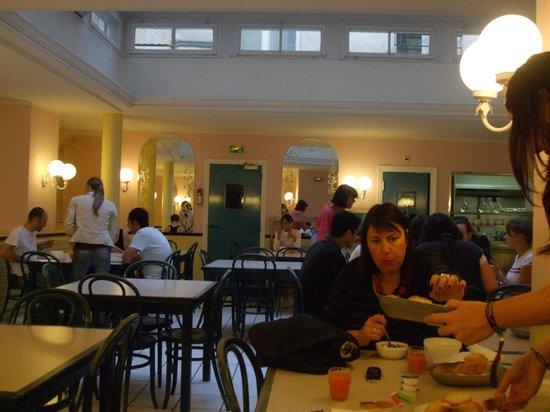Bvj Paris Louvre: Café da Manha