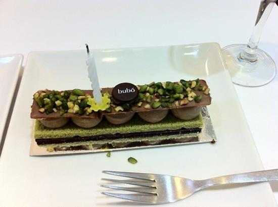 Barcelona Food Tour: lovely lovely cake !