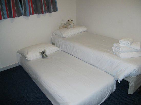 Travelodge London Clapham Junction Hotel : Teddies...