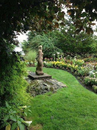 Ogunquit Museum of American Art: Outdoor Sculpture Garden