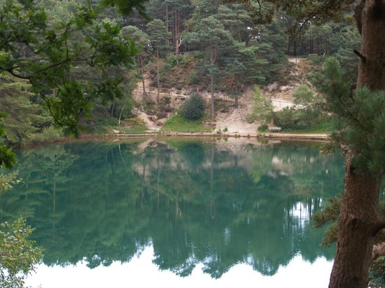 The Blue Pool and Tea House: Blue Pool 3