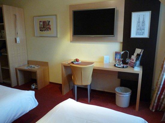 Hotel UHU: Kleines Zimmer