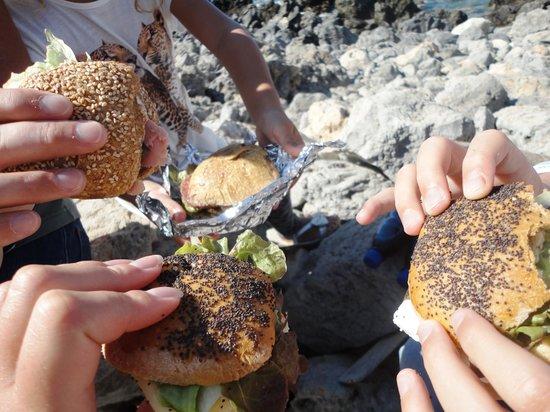 Panokosmos Holidays : Thank you John & Yasmin for tasty lunch