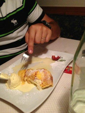 Pizzeria Hans: omelette con gelato di vaniglia