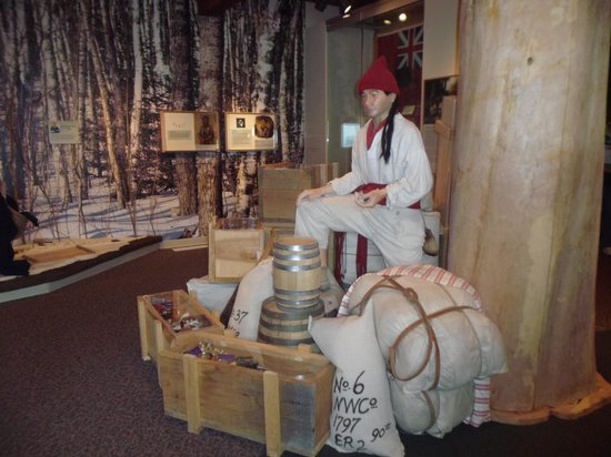Grand Portage National Monument : Inside Museum
