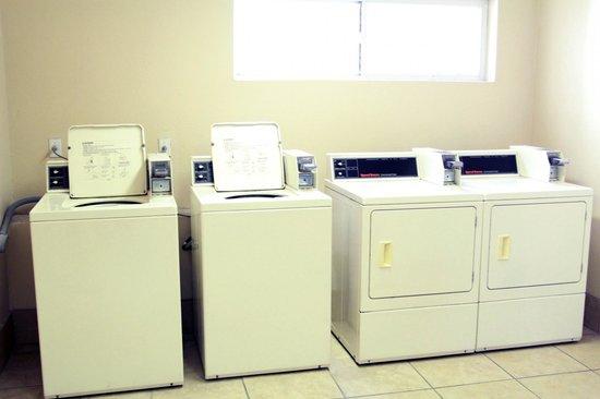 Ashton Inn & Suites- Navy : Coin Laundry 1 of 4