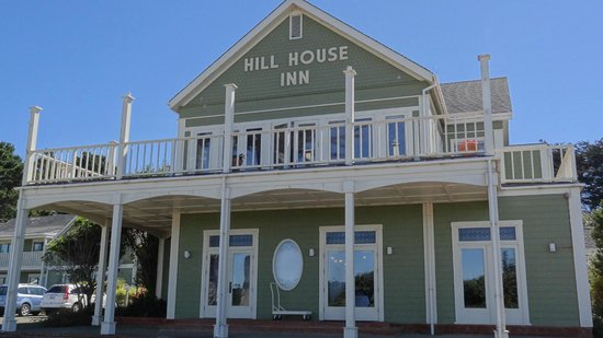 Hill House Inn: Hotel front