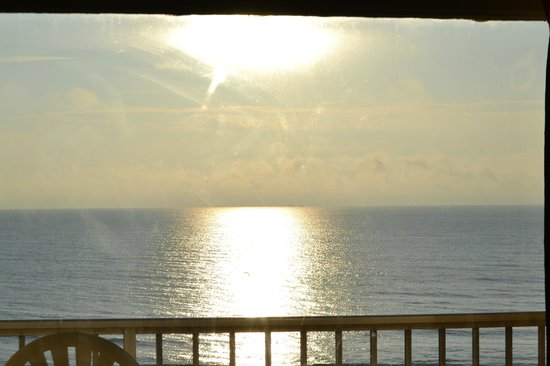 Travelodge Suites Virginia Beach Oceanfront: beautiful view