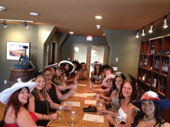Uncorked Okanagan Wine Day Tours: Another tasting ? Yes Please!