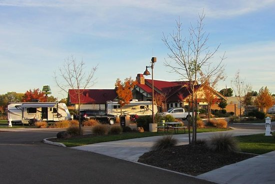 Durango RV Resort: Office