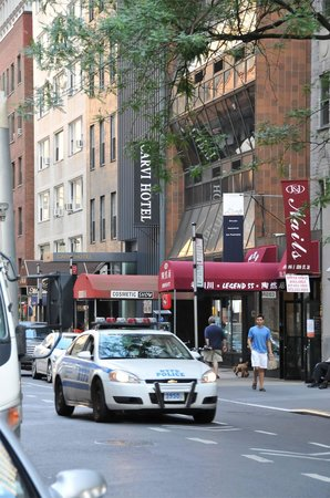 Carvi Hotel New York : esterno dell'hotel