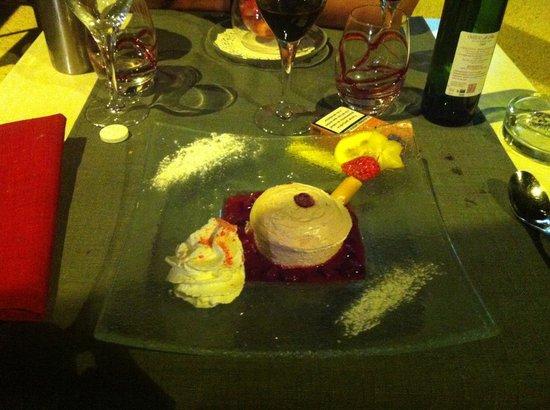 Le Bistro de l'Octroi : Soufflé glacé aux framboises