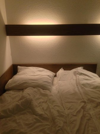 Days Inn Dortmund West : Кровати
