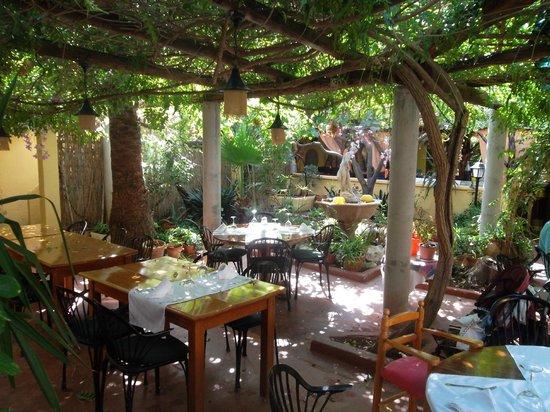 Restaurante Ca Na Ribes : locale in ottobre