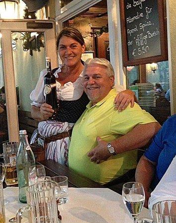 Zum Durnbraeu: Heidi & Bob
