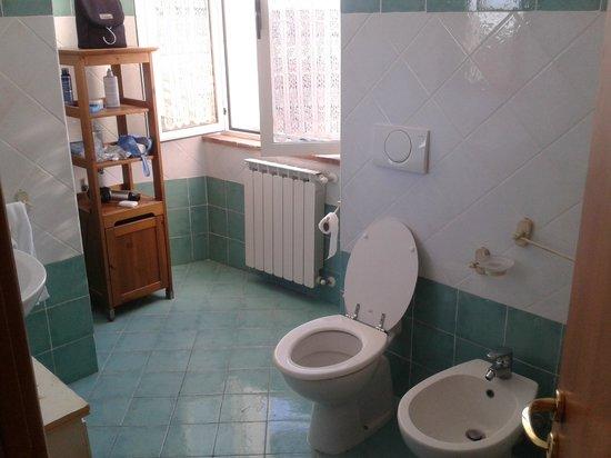 I Terzi di Siena: baño compartido