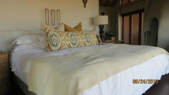 Madikwe Safari Lodge: bed
