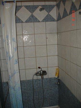 Grand Platon Hotel: δεν εχει να ακουμπισεις το σαπουνι
