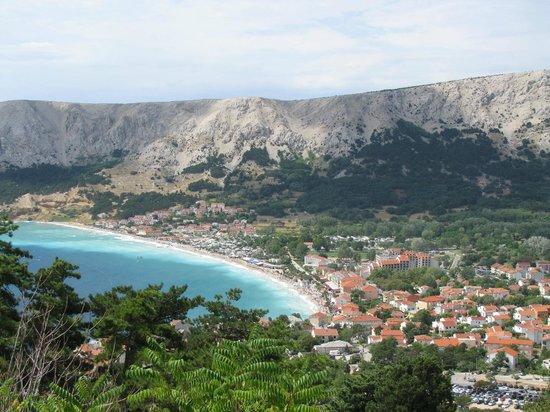 Krk Island, Croazia: Widok na wspaniałą plażę w Baśce