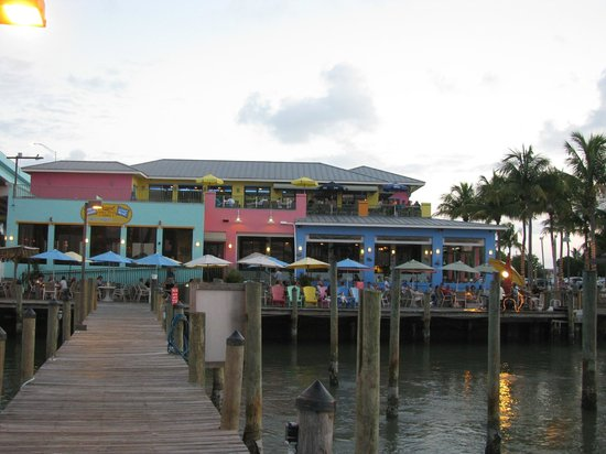 Nervous Nellie's Ft Myers Beach: The dock at Nervous Nellie's