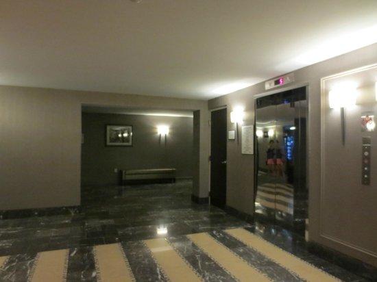 Sheraton Valley Forge Hotel: Lobby