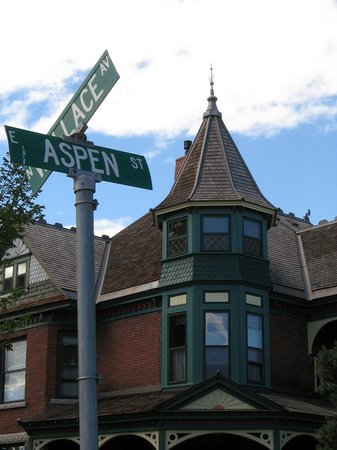 Bozeman's Lehrkind Mansion Bed and Breakfast: Main House