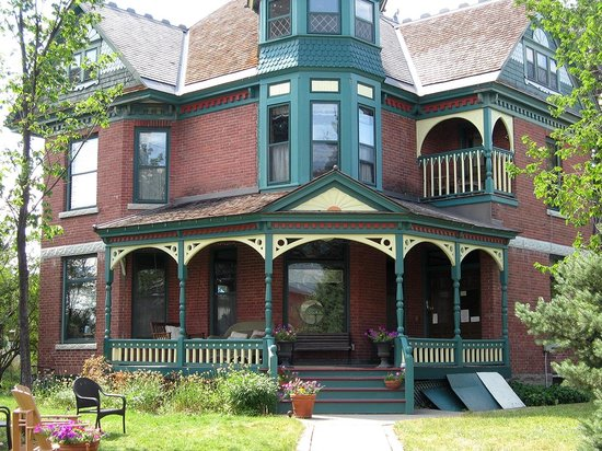 Bozeman's Lehrkind Mansion Bed and Breakfast : Main House - front porch