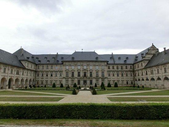 Ebrach, Deutschland: Klosteranlage von außen