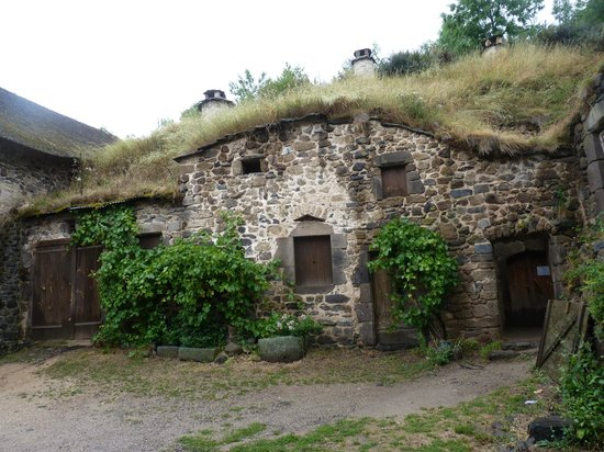 Maison troglodyte picture of auberge la grange alphonse for Auberge de la maison tripadvisor
