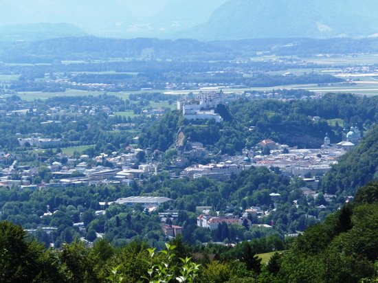 Romantik Gersberg Alm: View of Salzburg