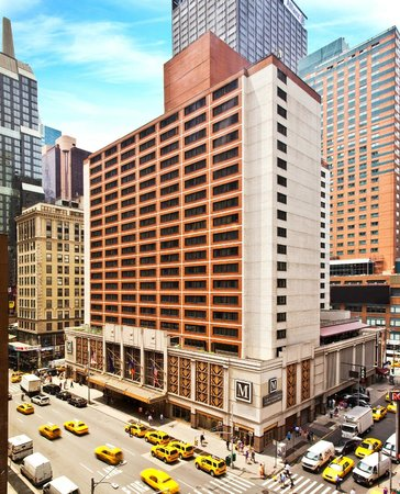 The Manhattan at Times Square Hotel: Hotel Exterior