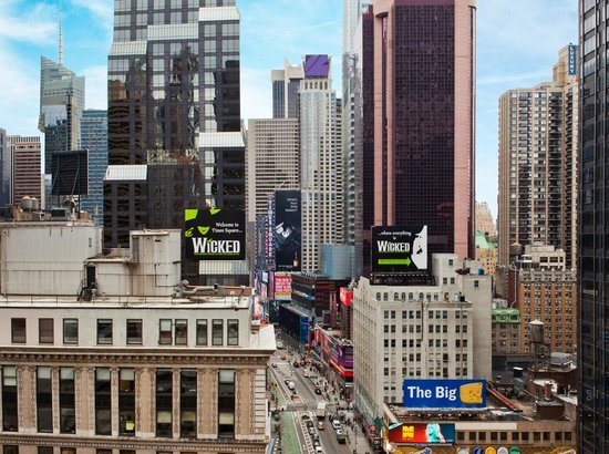 The Manhattan at Times Square Hotel: View from our Broadway View rooms