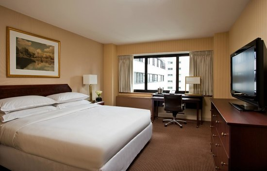 The Manhattan at Times Square Hotel: Standard King Room